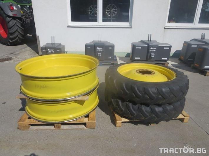 Гуми за трактори JOHN DEERE 0 - Трактор БГ